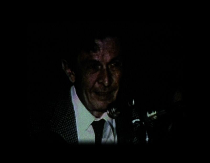 La voce di Berlinguer: Enrico Berlinguer in una scena del film