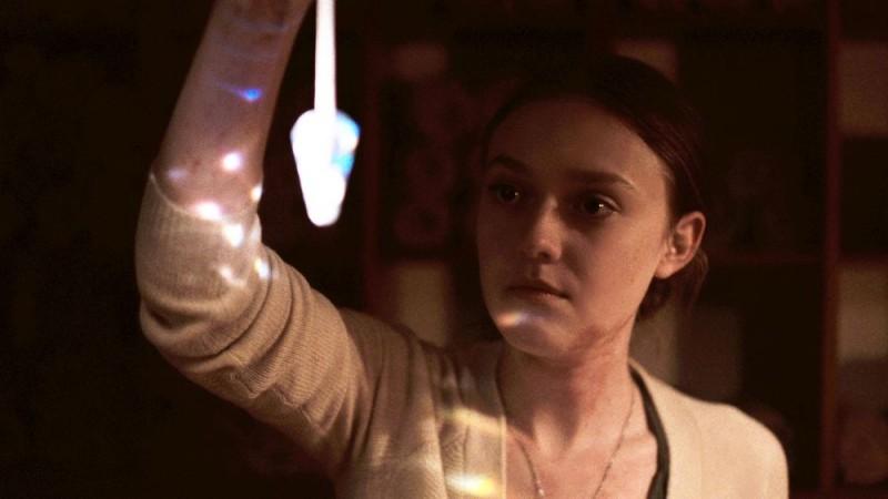 Night Moves: Dakota Fanning in una scena