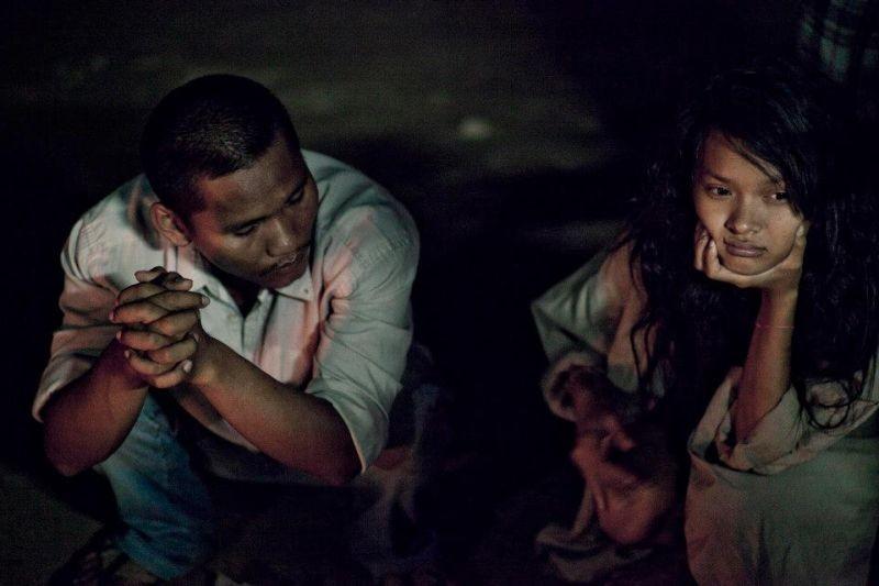 Ruin: Siek Somalen e Rous Mony in una scena del film