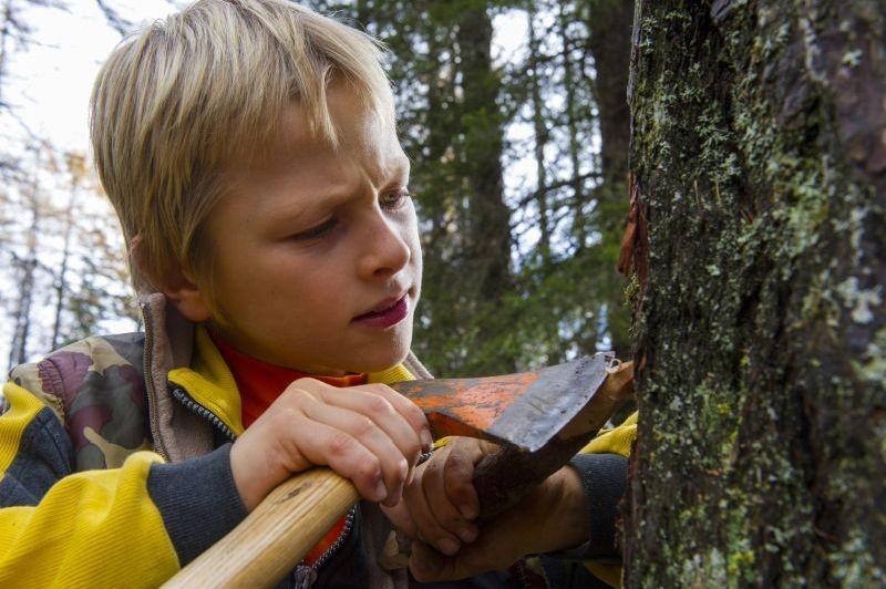 La prima neve:il piccolo Matteo Marchel in una scena del film