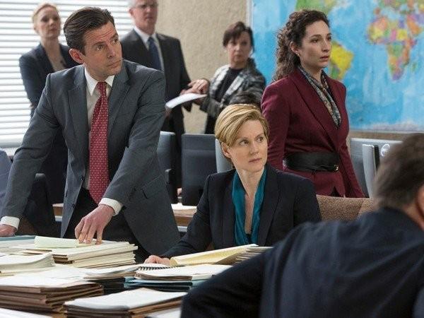 The Fifth Estate: Laura Linney in una immagine del film
