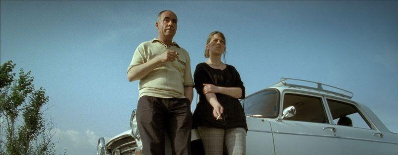 Alienation: Christos Stergioglou in una scena del film insieme a Mariana Zhikich
