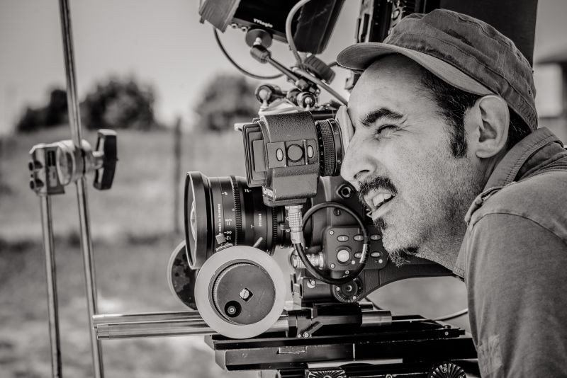 L'arbitro: il regista Paolo Zucca sul set