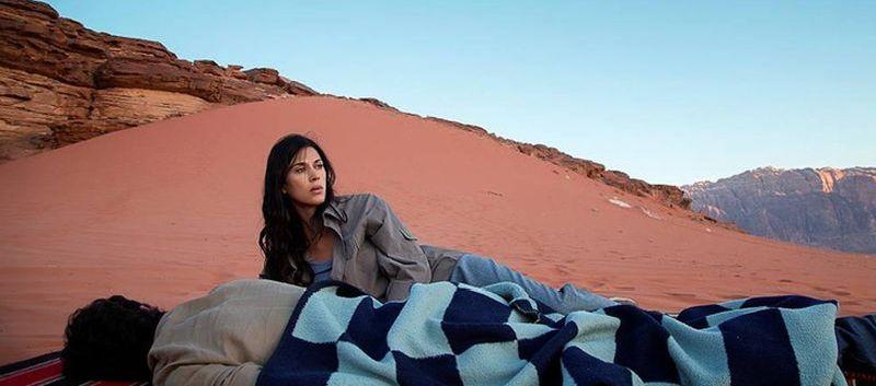 May in the Summer: Cherien Dabis in una scena del film