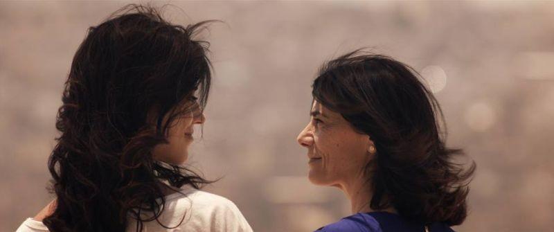 May in the Summer: Hiam Abbass in una scena con Cherien Dabis