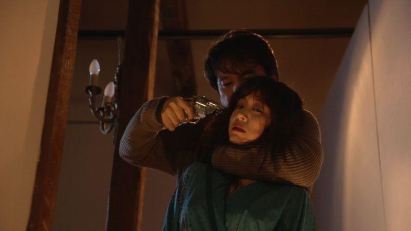 Moebius: Cho Jae-hyun in una drammatica scena minaccia Lee Eun-woo