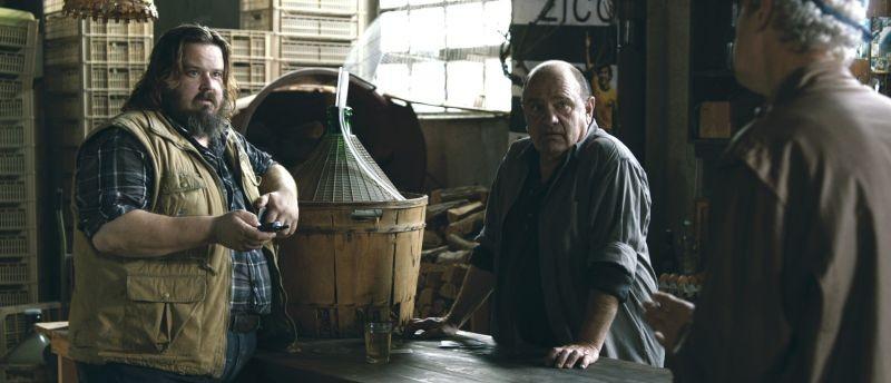 Zoran, il mio nipote scemo: Teco Celio e Giuseppe Battiston in una scena del film