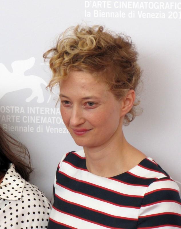 Alba Rohrwacher a Venezia 2013 con Via Castellana Bandiera