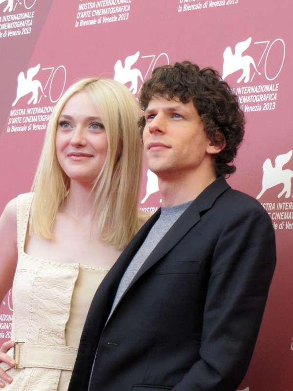 Night Moves a Venezia 2013: Dakota Fanning e Jesse Eisenberg presentano il film