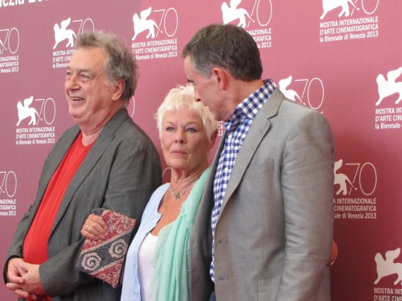 Philomena: Stephen Frears, Judi Dench e Steve Coogan presentano il film a Venezia, nel 2013
