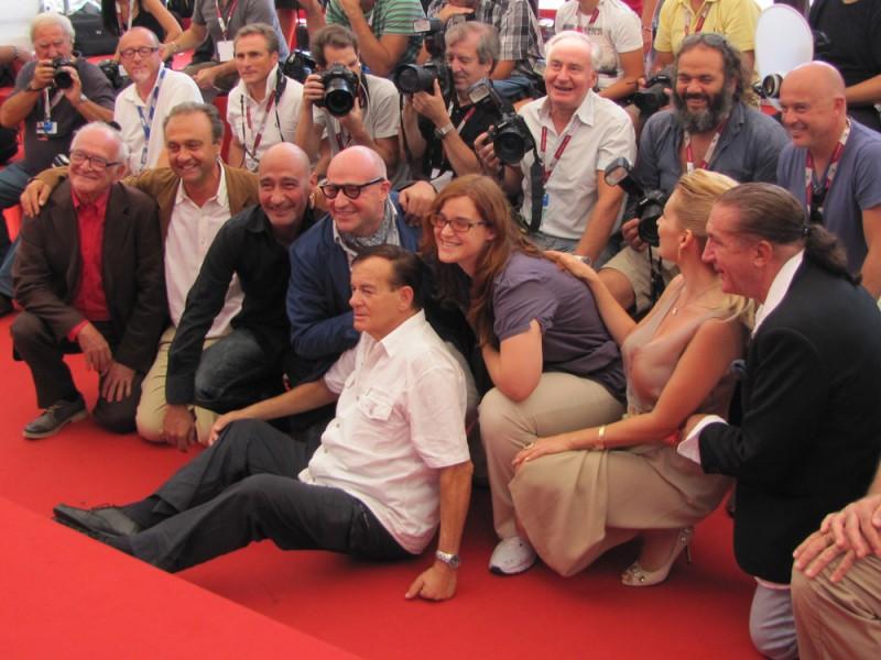 Sacro GRA: il regista Gianfranco Rosi a Venezia 2013 con il cast del suo film e i fotografi!