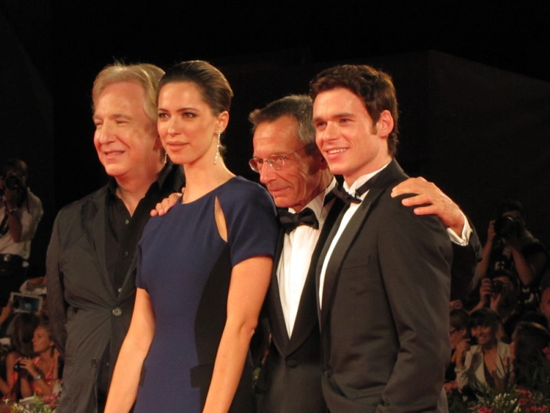 Venezia 2013, Patrice Leconte presenta Une Promesse con Alan Rickman, Richard Madden sul tappeto rosso