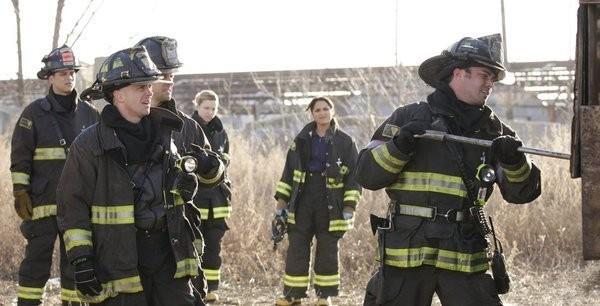 Chicago Fire: una scena dell'episodio Under the Knife