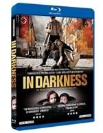 La copertina di In Darkness (blu-ray)