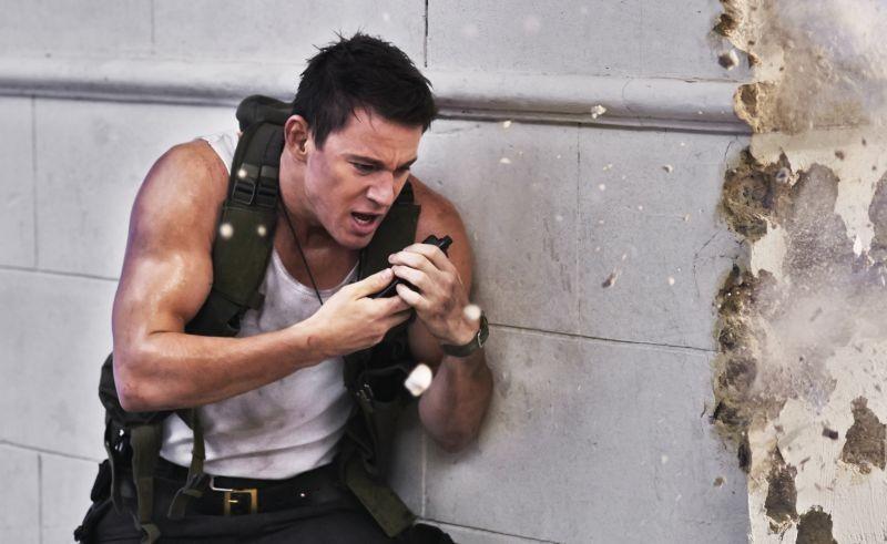 Channing Tatum in una concitata scena d'azione di Sotto Assedio - White House Down
