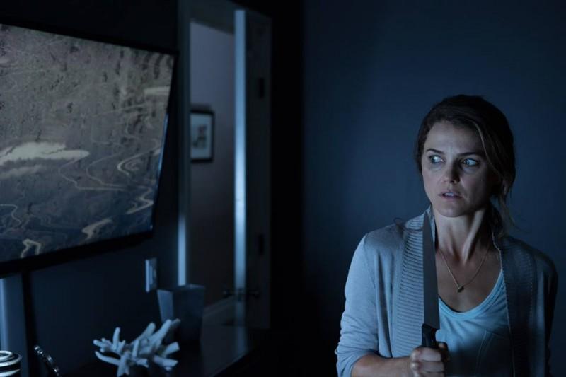 Dark Skies - Oscure presenze: Keri Russell in una scena del film horror