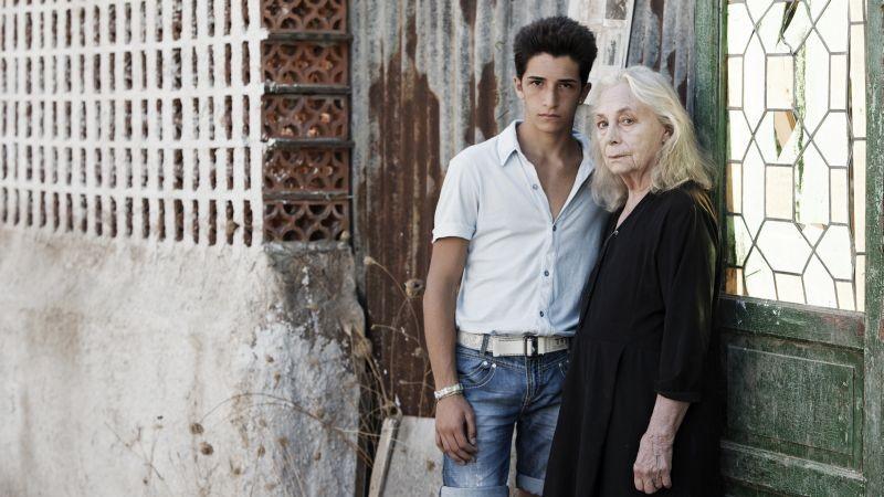 Via Castellana Bandiera: Dario Casarolo con Elena Cotta in una foto promozionale del film