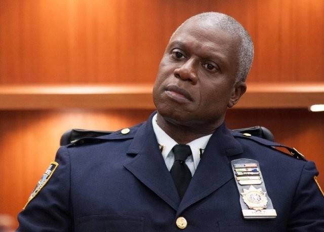 Brooklyn Nine-Nine: Andre Braugher in una scena della serie