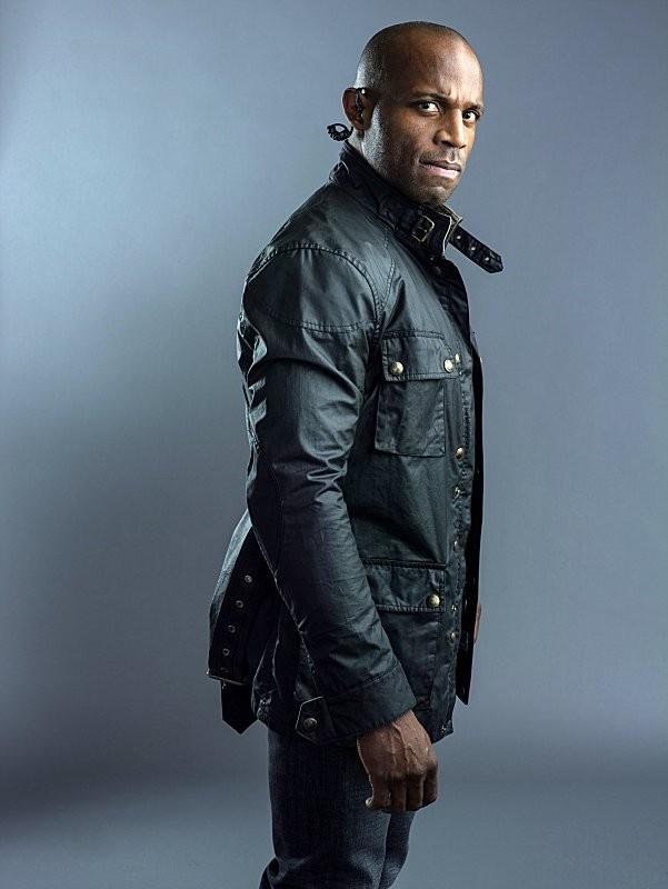 Hostages: Billy Brown in una foto promozionale della serie