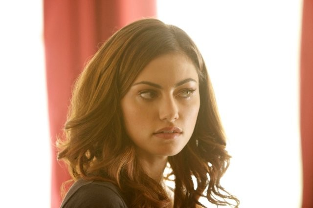 The Originals: Phoebe Tonkin in una scena del pilot della serie