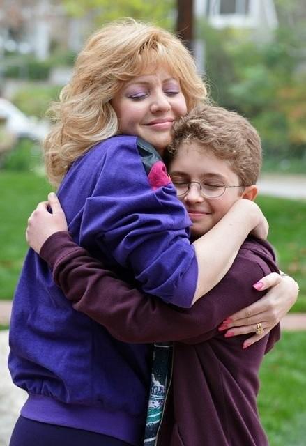 The Goldbergs: Wendi McLendon-Covey e Sean Giambrone in una scena della serie