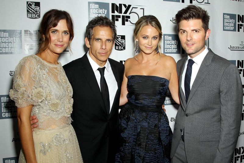 Ben Stiller con la moglie Christine Taylor, Kristen Wiig e Adam Scott alla 51ª edizione del New York Film Festival sul red carpet de I sogni segreti di Walter Mitty