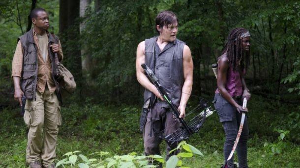 The Walking Dead: Danai Gurira, Norman Reedus e Lawrence Gilliard Jr. nell'episodio Isolation