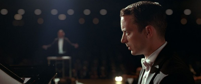 Elijah Wood protagonista del thriller Grand Piano
