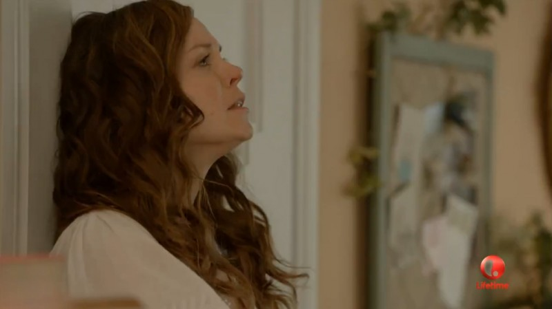 Witches of East End, Rachel Boston nell'episodio Electric Avenue.
