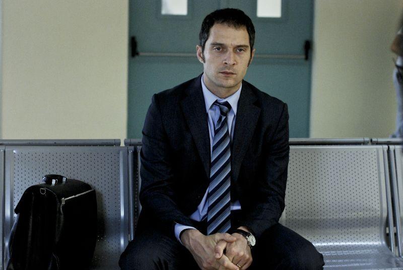 Il venditore di medicine: Claudio Santamaria, protagonista del film, in un'immagine