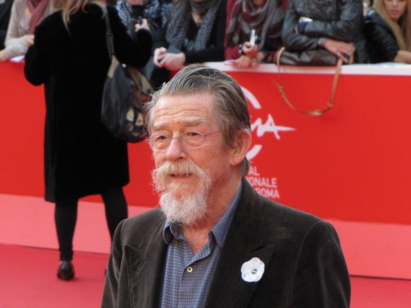 John Hurt al Festival di Roma 2013, sul tappeto rosso