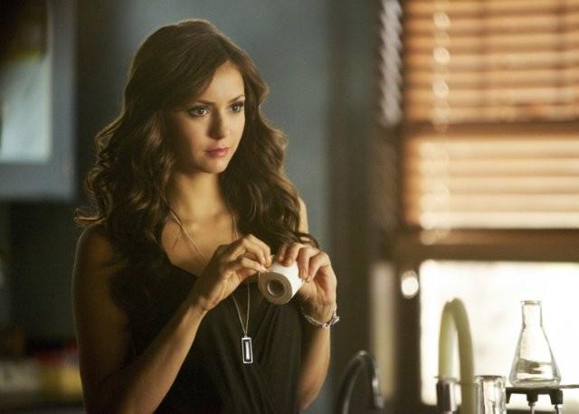 The Vampire Diaries: Nina Dobrev nell'episodio Handle with Care