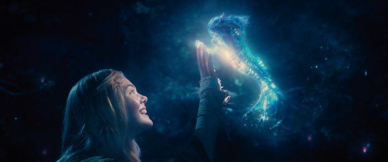 Maleficent: Elle Fanning in una scena tratta dal film