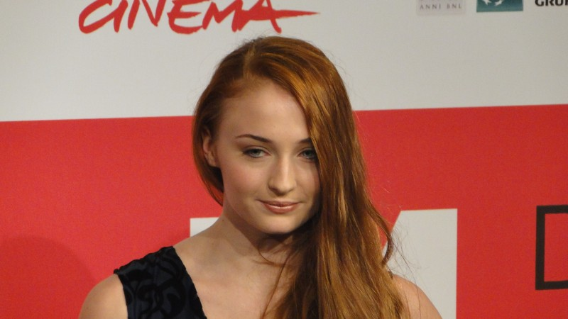 Another Me: Sophie Turner posa al photocall del festival di Roma 2013