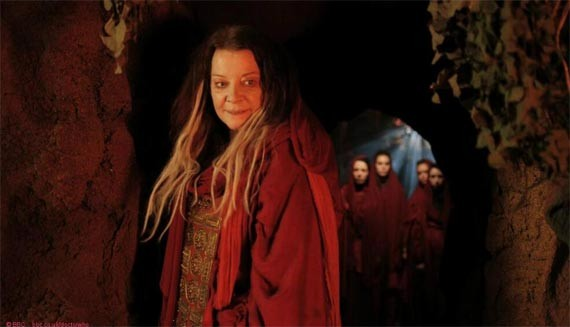 Doctor Who: Emma Campbell-Jones nel minisode The Night of the Doctor