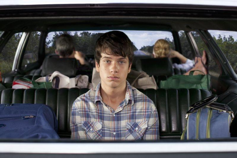C'era una volta un'estate: il protagonista Liam James in una buffa scena del film