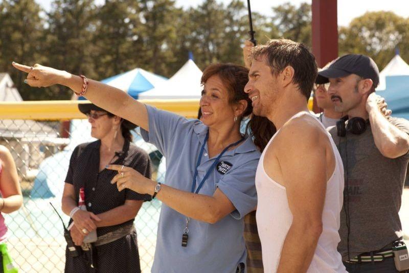C'era una volta un'estate: Maya Rudolph sul set con Sam Rockwell e il regista Jim Rash