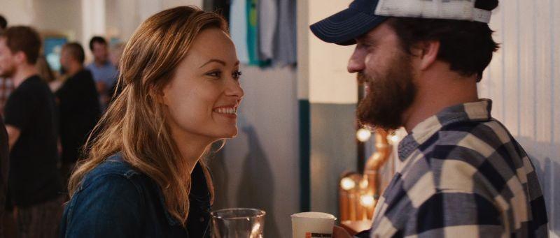 Drinking Buddies: Olivia Wilde e Jake Johnson in una scena del film
