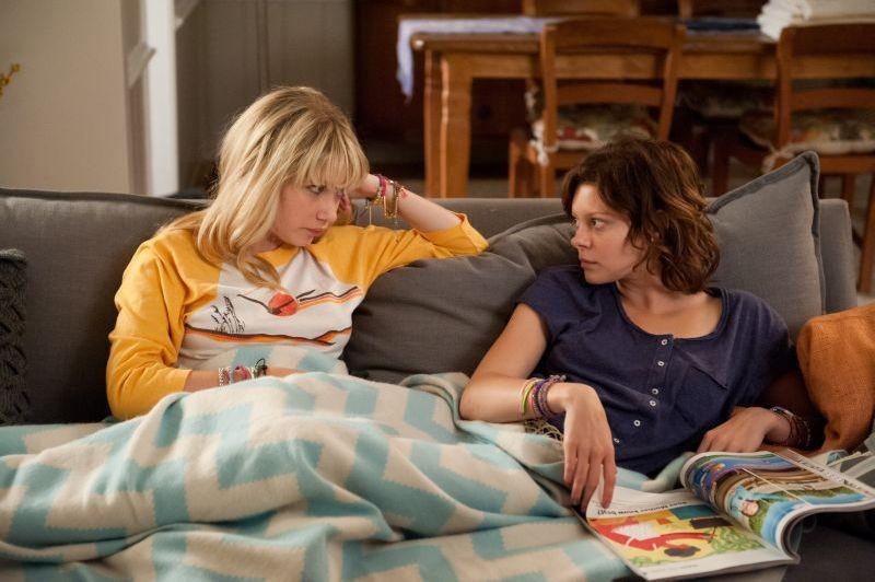Enough Said: Tavi Gevinson con Tracey Fairaway in un momento del film