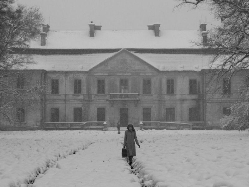 Ida: Agata Trzebuchowska in una scena del dramma di Pawel Pawlikowski