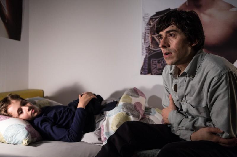 Il bambino cattivo: Luigi Lo Cascio e Leonardo Della Bianca in una scena della fiction Rai