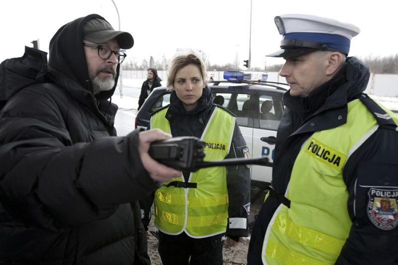 Traffic Department: il regista del film Wojciech Smarzowski sul set con gli attori