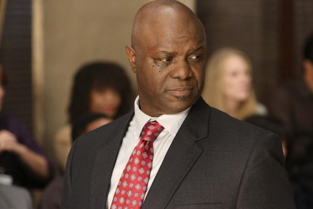 Grey's Anatomy: Robert Wisdom nell'episodio Sorry Seems to Be the Hardest Word
