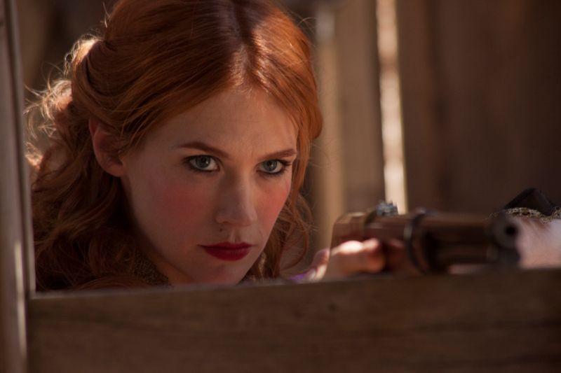 Sweetwater: January Jones in una scena del film