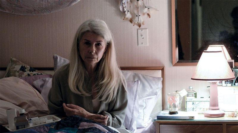 Top of the Lake: Robyn Nevin in una scena della serie