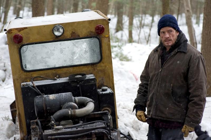 Whitewash: il protagonista Thomas Haden Church in una scena del film