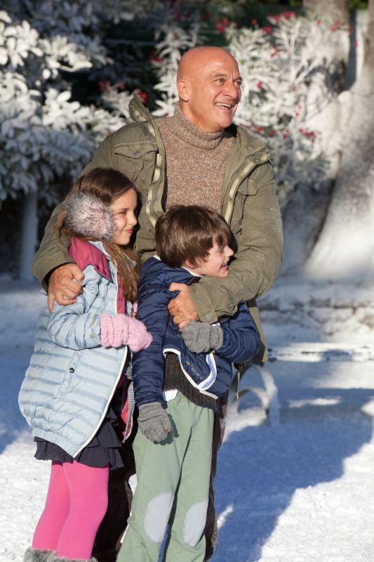 Indovina chi viene a Natale?: Claudio Bisio in una scena familiare del film