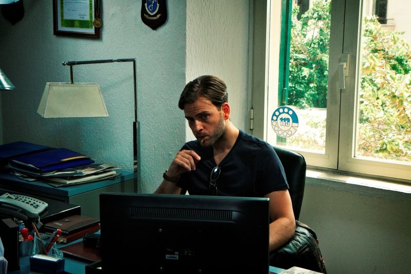 Roma Criminale: Alessandro Borghi in una scena del film