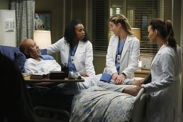 Grey's Anatomy: Jerrika Hinton, James Pickens, Camilla Luddington e Tessa Ferrer nell'episodio Somebody That I Used to Know