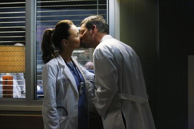Grey's Anatomy: Justin Chambers e Camilla Luddington nell'episodio Somebody That I Used to Know
